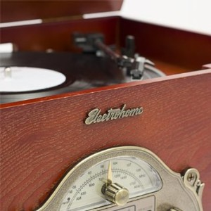 details Electrohome Wellington 4-In-1 Nostalgia Turntable