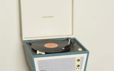 Review: The Crosley CR6233A-RE Dansette Bermuda