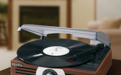 Review: Jensen JTA-222 3-Speed Turntable!